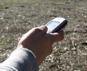 Handy: SMS führen zu Restriktionen und Kompromissen (Foto: flickr.com/kiwanja)