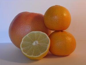 Grapefruits: nicht immer gesund (Foto: pixelio.de, Angelina Ströbel)