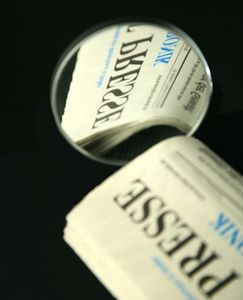 ''Pressespiegel'': Sebstkontrolle ist essentiell (Foto: pixelio.de/RainerSturm)