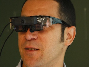 Prototyp: eine AR-Brille für den Unterricht (Foto: flickr.com/Eventos UC3M)
