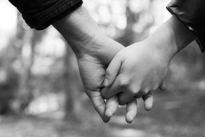 Liebe: Facebook prognostiziert Beziehungen (Foto: pixelio.de/O. Thaler)