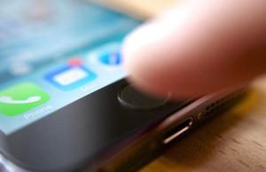 iPhone: Lieferfähigkeit relevant für Erfolg (Foto: flickr.com/Karlis Dambrans)