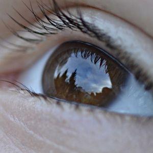 Auge: Anstrengung bei Pupillen sichtbar (Foto: pixelio.de, Olaf Barth)