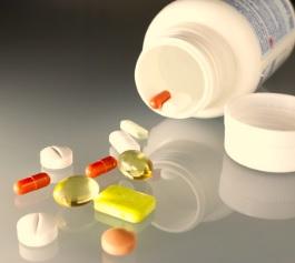 Vitamin-Ergänzungspräparate können gefährlich sein (Foto: pixelio.de, I-vista)