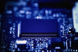Schaltkreise: Halbleiter sollen billiger werden (Foto: flickr.com/Yuri Samoilov)