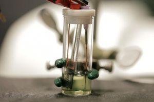 Hocheffiziente Anlage zur Wasserreinigung (Foto: Melanie Gonick, web.mit.edu)