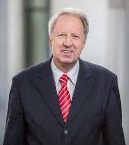 Michael Ermrich kritisiert Gebührenpolitik der Institute (Foto: osv-online.de)