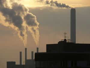 Luftverschmutzung: Lebenserwartung sinkt (Foto: pixelio.de, Michael Bührke)