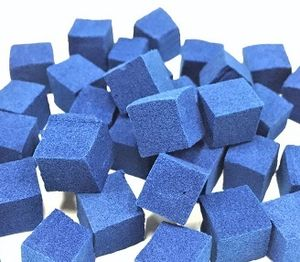 Preußisch Blau: Nanopartikel binden Cäsium (Foto: Sakata & Mori Laboratory)