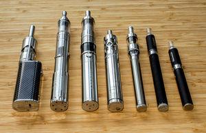 E-Zigaretten: Zweifel an Vorteilen für Gesundheit (Foto: pixelio.de, Dirk Kruse)