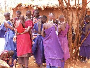 Dorf in Kenia: Etwas Geld könnte viel bewegen (Foto: Kunstzirkus, pixelio.de)