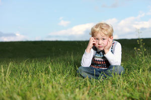 Junge: Seele leidet nach Verletzungen (Foto: pixelio.de, www.foto-fine-art.de)
