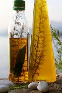 Öle der Mittelmeer-Diät: Das ist gut bei Osteoporose (Foto: pixelio.de/twinlili)