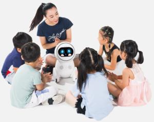 """Roboter """"Keeko"""": Kinder kommunizieren mit einer Maschine (Foto: iKeeko.com)"""