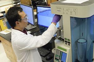 Laboranlage zur Herstellung von Natriumpulver (Foto: purdue.edu)