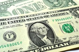 Dollar: Google und Facebook scheffeln Geld (Foto: Andreas Hermsdorf, pixelio.de)