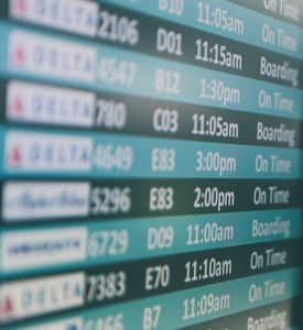 Anzeige: Verspätungen oft nicht abgegolten (Foto: unsplash.com, Matthew Smith)