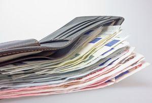 Bargeld: Deutsche horten Banknoten (Foto: pixabay.com, blickpixel)
