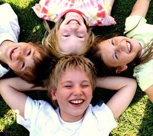 Kinder: Sexismus selbst bei Heranwachsenden (Foto: pixelio.de,  S. Hofschaeger)