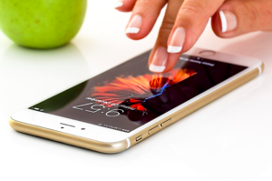 Smartphone: macht viele Nutzer offener (Foto: pixabay.com, stevepb)