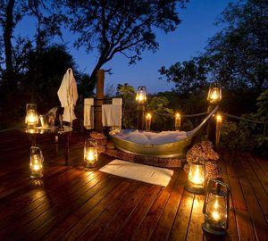 Luxus himmelbett  Sternenbad und Himmelbett: 1001 Nacht auf Luxus-Safari im Okavango ...