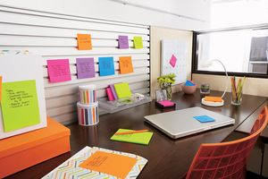 Neue farbige Post-it Notes