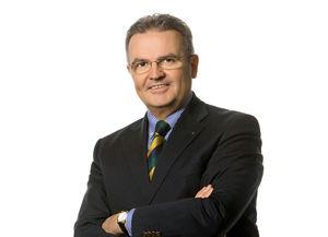 Direktor Johannes Loinger gibt Auskunft über das Pyrotechnikgesetz.