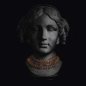 """Schmuck verfällt im Wert - gleich nach dem Kauf!""""Auch der Juwelier kauft sich Edelmetall und Diamanten auf dem Weltmarkt und dann kommt ein saftiger Aufschlag für die Kreation des Geschmeides. Bei direktem Kauf von Gold und Silber als Münzen oder Barren und ungefassten Diamanten, entfallen solche Aufschläge und das Asset kann wirklich als Sachwert und zur Anlage genutzt werden"""", so Hans Kleser, einer der erfolgreichsten Sachwertexperten Deutschlands und Vorstand der G Deutsche Gold AG."""